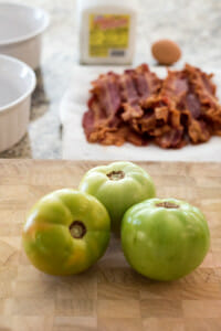 green tomatoes, bacon, buttermilk in a photo to make grilled pimento cheese sandwich with bacon and fried green tomatoes.
