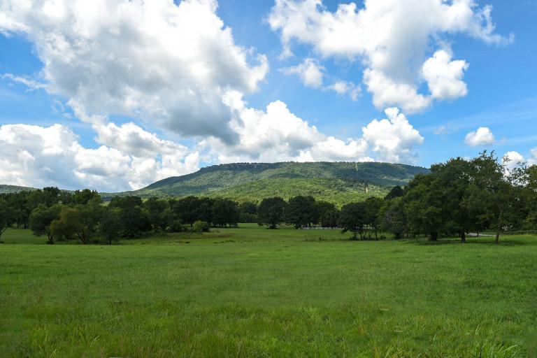 Beautiful Mount Nebo State Park in Arkansas