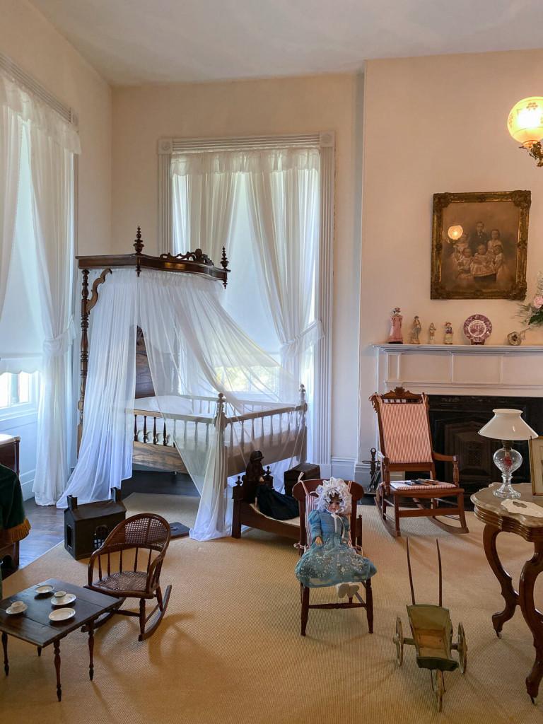 Children's room at Rosalie Mansion