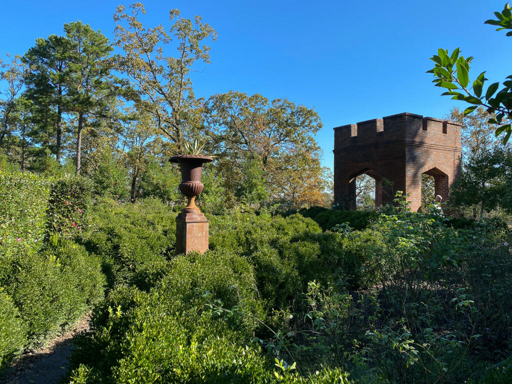 English garden in Arkansas at Moss Mountain Farm