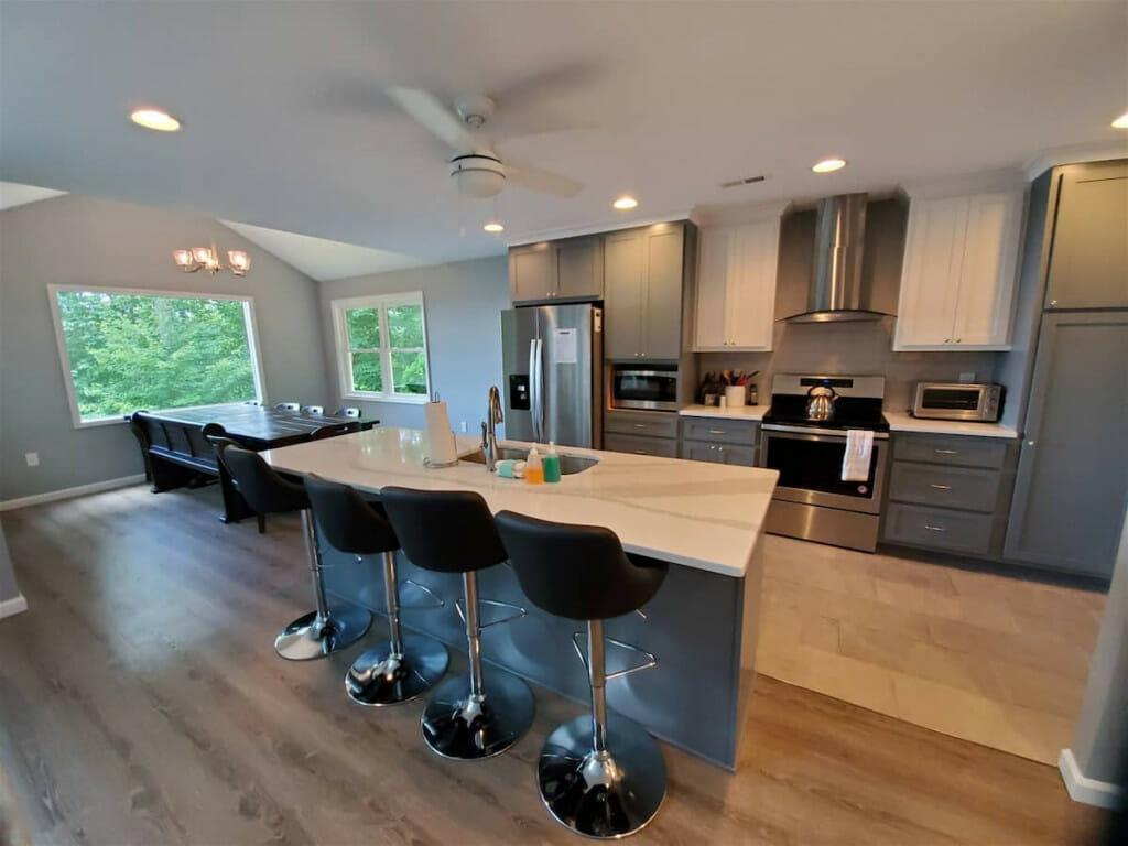 modern gray, white, and black kitchen.