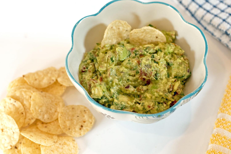 Babalu guacamole. Guacamole recipe from a restaurant called Babalu