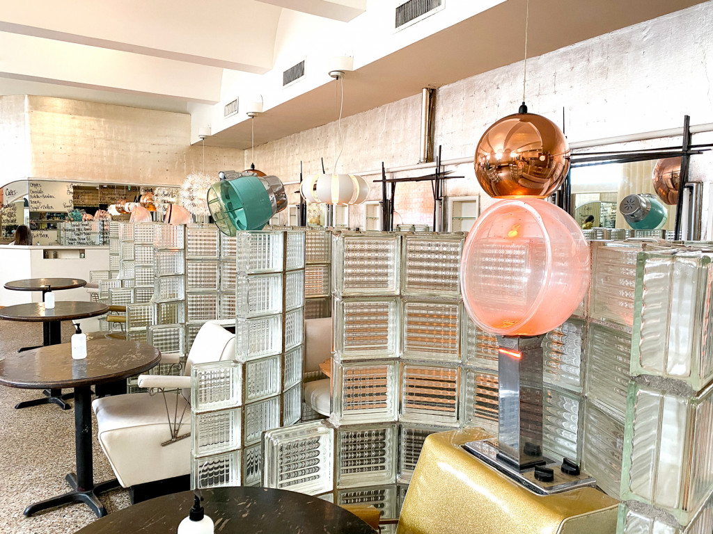 the beauty shop restaurant