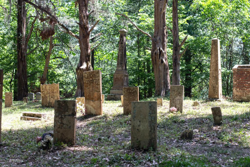 Rocky Springs Graveyard on the Natchez Trace